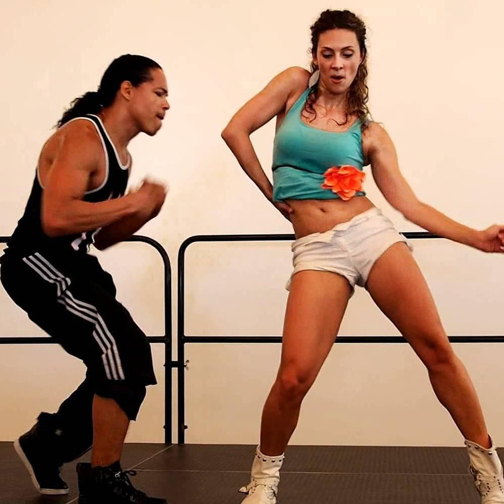танец реггетон, уроки реггетона для начинающих в Санкт-Петербурге, обучение в танцевальной студии El Paso урокам реггетона